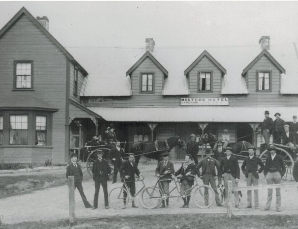 The Moutere Hotel in 19 century