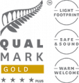 Qualmark 4 Star Plus Gold Award Logo